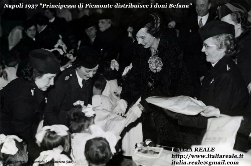 Principessa di Piemonte distribuisce i doni di Befana